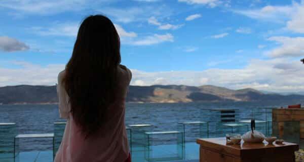 Como evitar cair em promessas vazias de amor