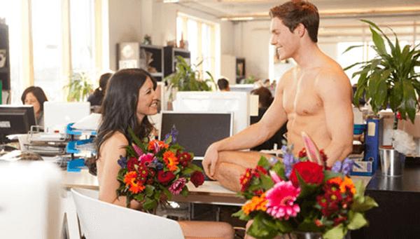 Como conquistar um homem no trabalho? Seja sutil.