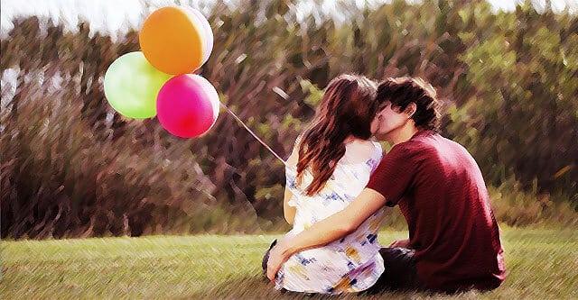 Se perceber que sua amiga quer o beijo, não exite. Uma mulher te perdoará por tentar beijá-la cedo demais, mas não te perdoará por tentar tarde demais.